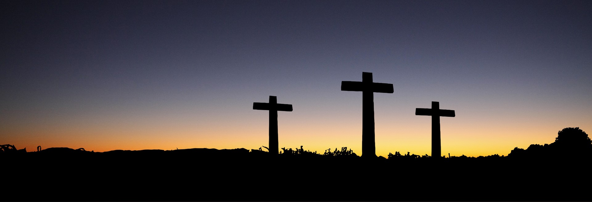 Landscape View Of 3 Cross Standing During Sunset 161188